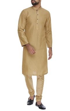 Textured kurta & churidar