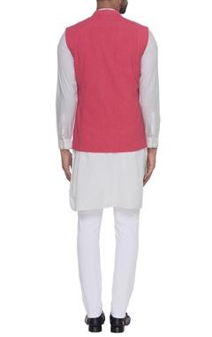 Sleeveless nehru jacket
