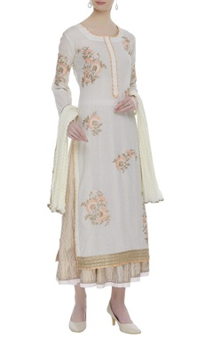 Cotton floral embroidered kurta set