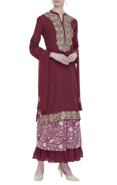 Embroidered cotton kurta set