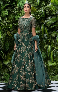 Shyamal & Bhumika Tulle sequin & bugle bead bias gown with stole