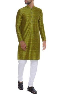 Jaal print kurta with churidar