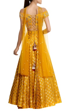 Pure crepe blouse with lehenga & net dupatta