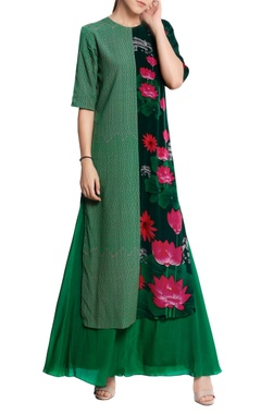 Masaba Natural crepe floral printed kurta with flared pants