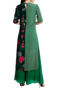 Natural crepe floral printed kurta with flared pants