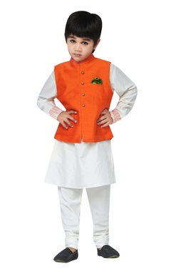 Chiquitita kids couture by Payal Bahl Embroidered jacket with kurta & churidar set