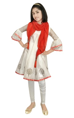 Chiquitita kids couture by Payal Bahl Chanderi embellished kurta with leggings & dupatta