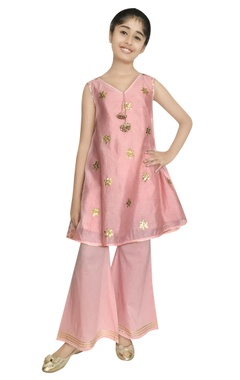 Chiquitita kids couture by Payal Bahl Chanderi hand embroidered gota kurta set