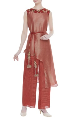 Textured georgette kurta with palazzos & belt