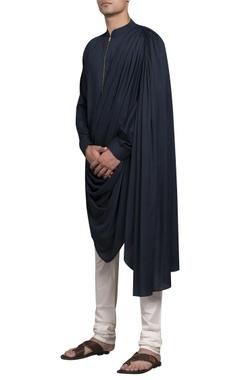 Drape kurta with zippered closure