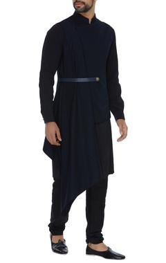 Asymmetric kurta set with draped bandhgala