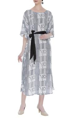 Vedika M Block printed midi dress