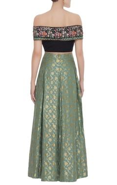 Floral embroidered blouse with banarsi lehenga & dupatta