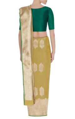 Jharoka motif mulberry silk sari with unstitched blouse