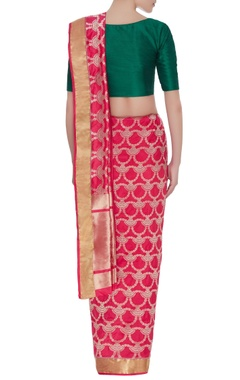 Jaal motif handwoven silk sari & unstitched blouse