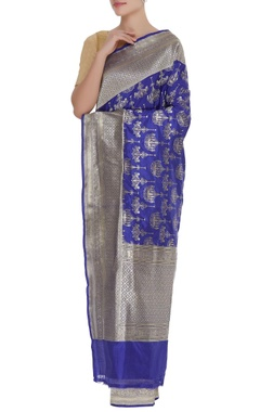 Chandelier motif banarasi sari with unstitched blouse