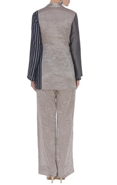 Crossover tieup top with pants