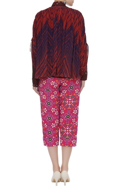 Printed puffed sleeve shirt with pants & jacket