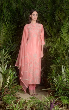 Sahil Kochhar Hand embroidered straight fit kurta set