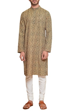 Siddhartha Tytler - Men Threadwork kurta & malmal churidar