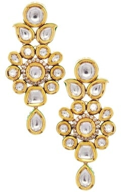 Floral shape kundan earrings