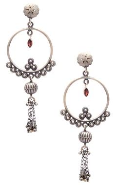 Motifs by Surabhi Didwania Classic drop earrings