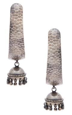Motifs by Surabhi Didwania Textured drop earrings