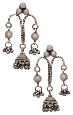Motifs by Surabhi Didwania Drop jhumka earrings