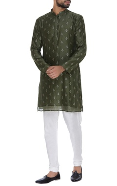 Chatenya Mittal Sequin embroidered short kurta with pants