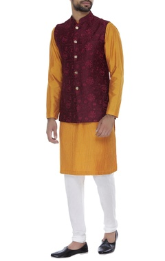 Chatenya Mittal Threadwork embroidered nehru jacket