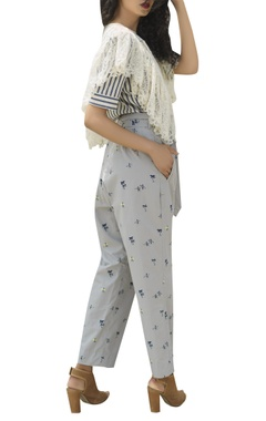 Cotton top with cape & pants