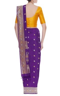 Embroidered handwoven sari with unstitched blouse piece
