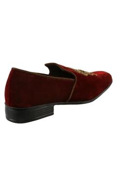 Velvet zari embroidered loafers
