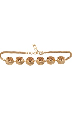 Circular pendant choker necklace