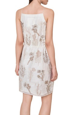 Hand woven short dress with side pockets