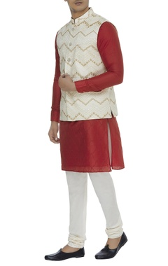 Chatenya Mittal Embroidered nehru jacket