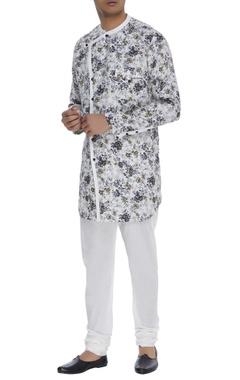 Khanijo Floral print linen kurta