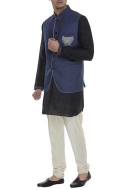 Crest embroidered Nehru jacket