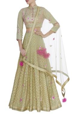 Gota & thread embroidered blouse with lehenga & dupatta