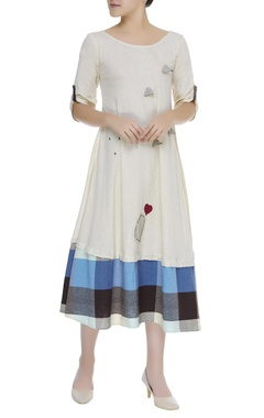 Cotton dress with checkered hem
