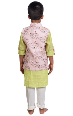 Floral printed jacket with kurta and pants