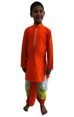 Foil printed kurta with shaded dhoti