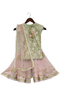 Fayon Kids Embroidered kurti with sharara pants & dupatta