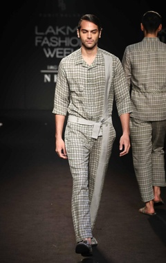 Silk linen jumpsuit with belt
