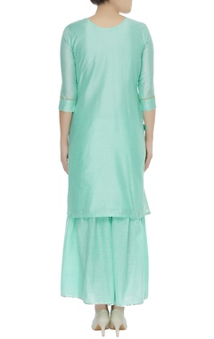 Embrodiered kurta with flared pants & banarasi dupatta