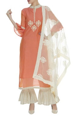 Frill sleeves kurta with pants & embroidered dupatta