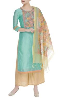 Threadwork embroidered kurta set