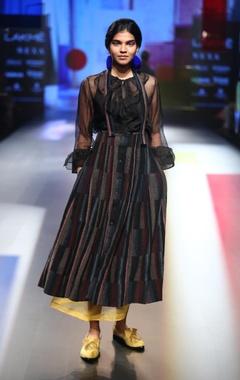 EKA Ruffle organza blouse with dress & underskirt