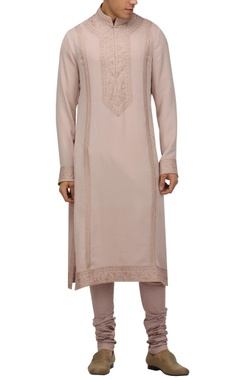 Tarun Tahiliani - Men Chikankari full sleeves kurta with churidar