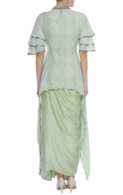 Layered sleeves embroidered tunic with skirt